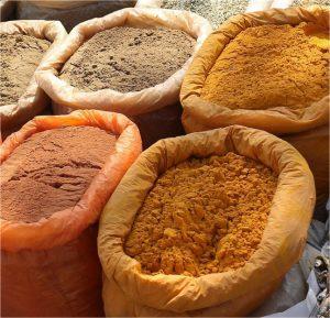 Gurkmeja och andra kryddor