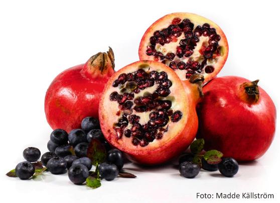 granatäpple och blåbär, bra för hjärnan