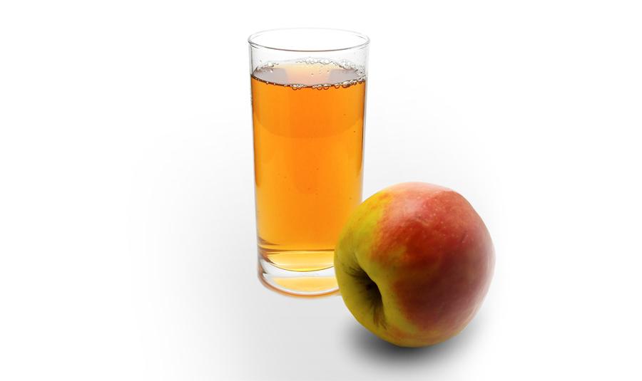 Äpple och glas med äppeljuice eller äppelmust - Must eller juice? Serveringstips. Äpple för hälsan.