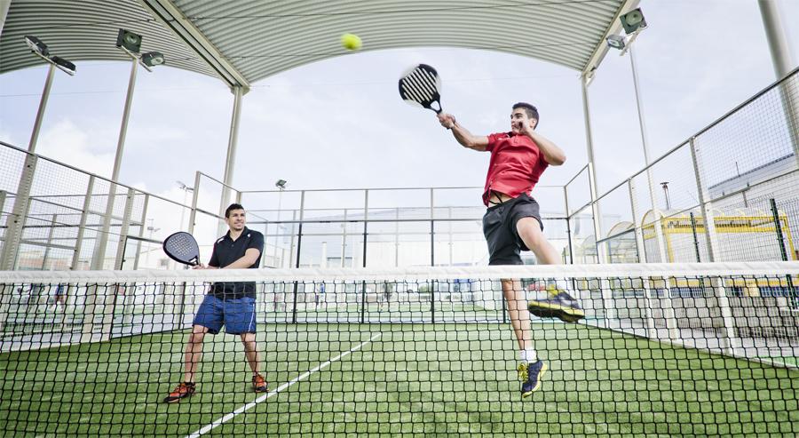 Padel, racketsport som spelas i par